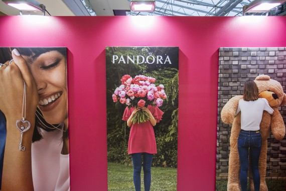 PANDORA Valentine's Activation 2018