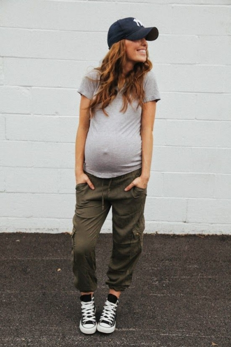 6ee331995777 7 τρόποι να φορέσετε τα «κανονικά» ρούχα σας στην εγκυμοσύνη ...